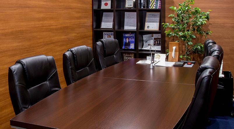 福岡事務所の所内